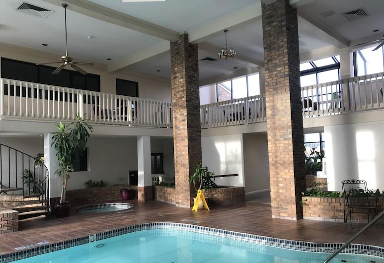 Greenwood Inn & Suites, Greenwood, Kolam Tertutup
