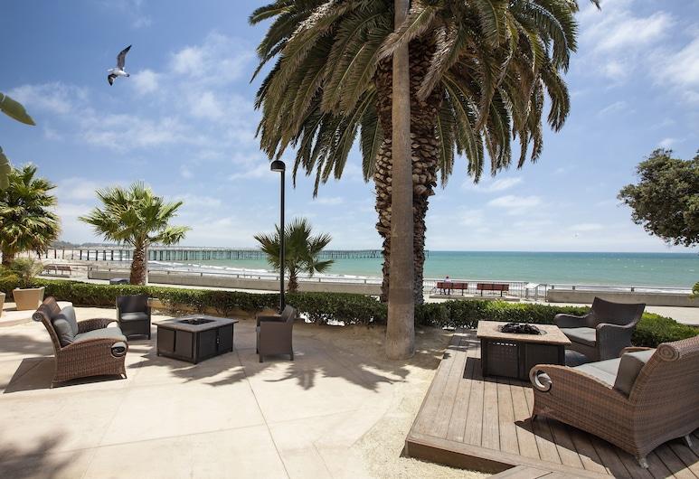 Crowne Plaza Ventura Beach, ונטורה, מרפסת/פטיו