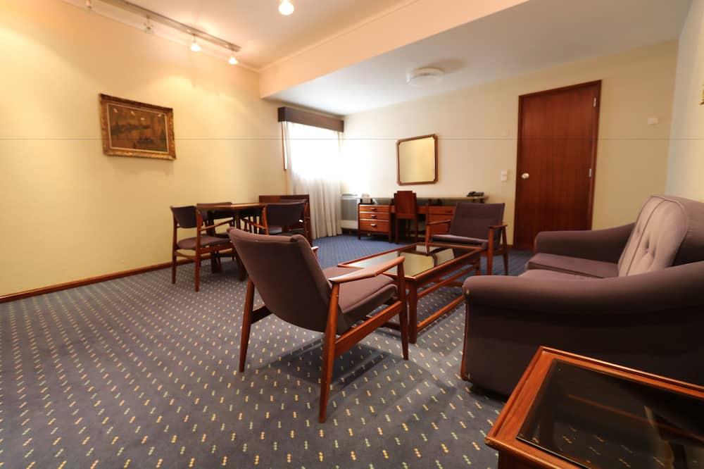 Familienzimmer (04 Guests) - Wohnbereich