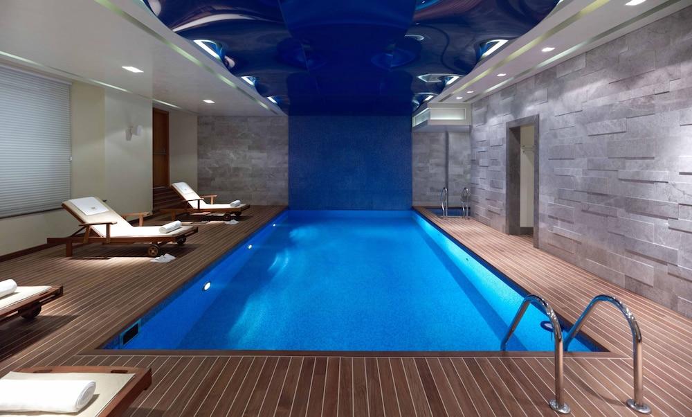 Pera Palace Hotel, Istanbul, Innendørs/utendørs basseng
