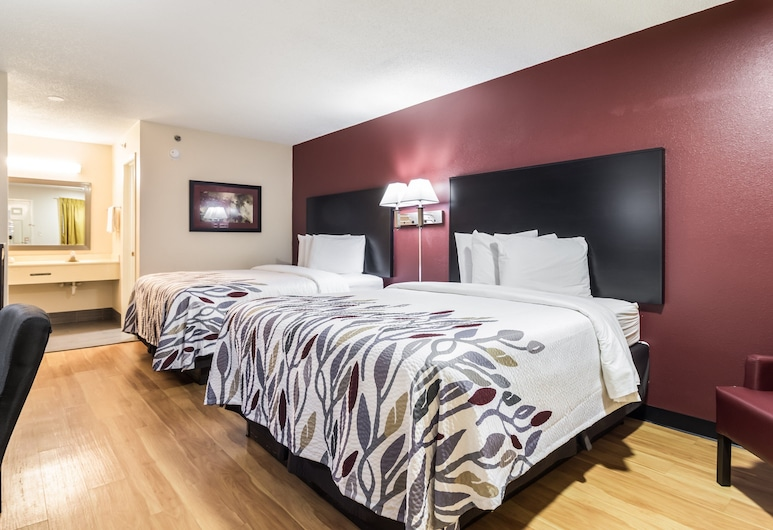 Red Roof Inn Atlanta - Kennesaw State University, Kennesaw, Deluxe Δωμάτιο, 2 Queen Κρεβάτια, Μη Καπνιστών, Δωμάτιο επισκεπτών