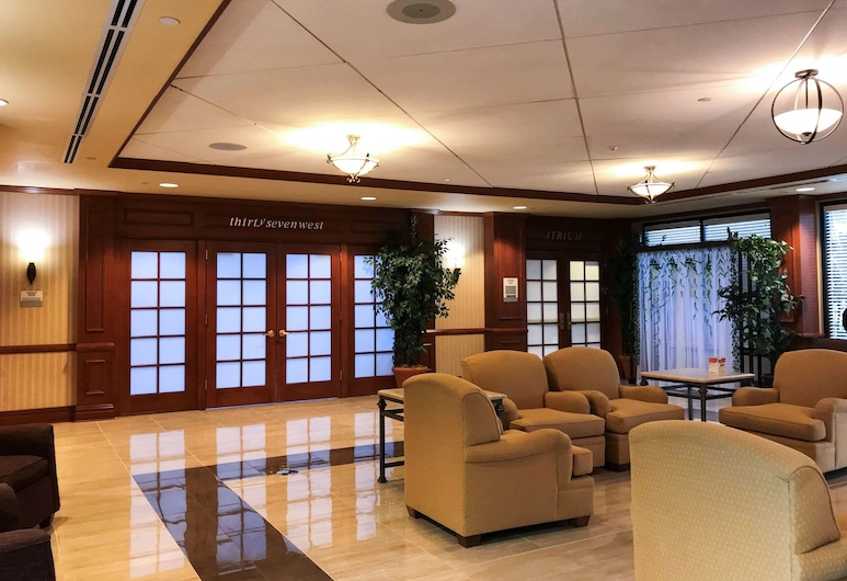 Clarion Hotel & Conference Center, Toms River, Lobby