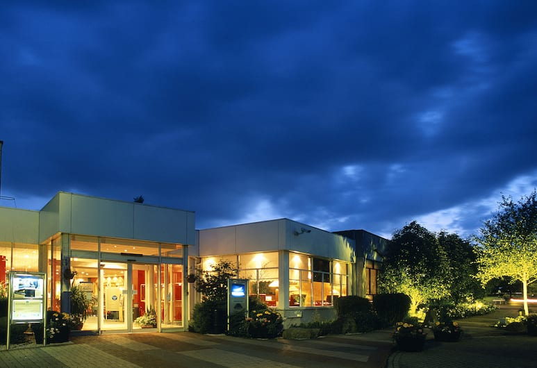 Novotel Coventry M6/J3, Coventry, Otelin Önü - Akşam/Gece