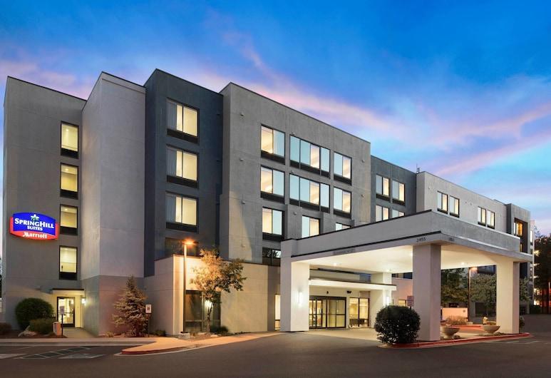Springhill Suites by Marriott Flagstaff, Flagstaff, Z zewnątrz