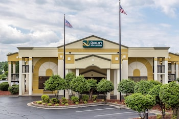 Choose This 2 Star Hotel In Mooresville