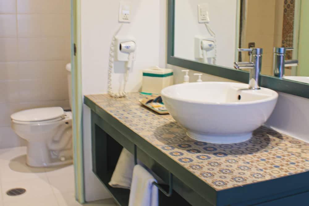 行政客房, 2 張標準雙人床 - 浴室
