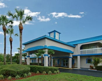 Picture of Vista Inn and Suites Tampa in Tampa