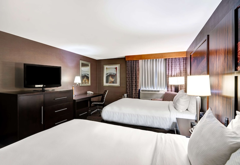 DoubleTree by Hilton Downtown Wilmington - Legal District, Wilmington, Deluxe Room, 1 Queen Bed, City View, Guest Room View