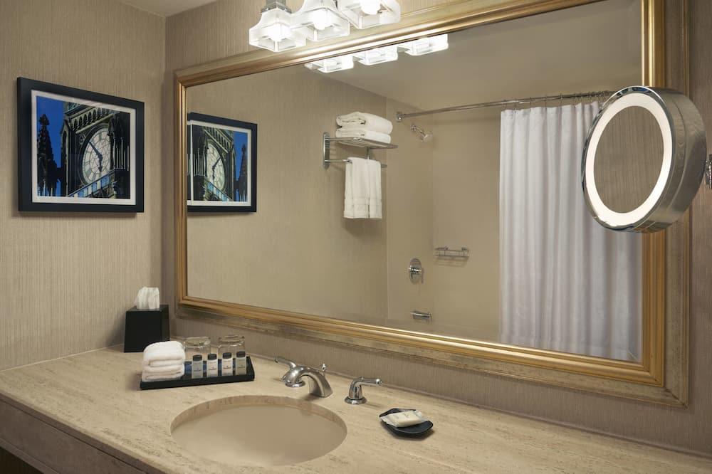 傳統客房, 1 張特大雙人床 - 浴室