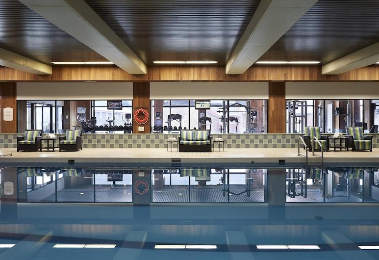 Delta Hotels Prince Edward by Marriott, Charlottetown, Pool