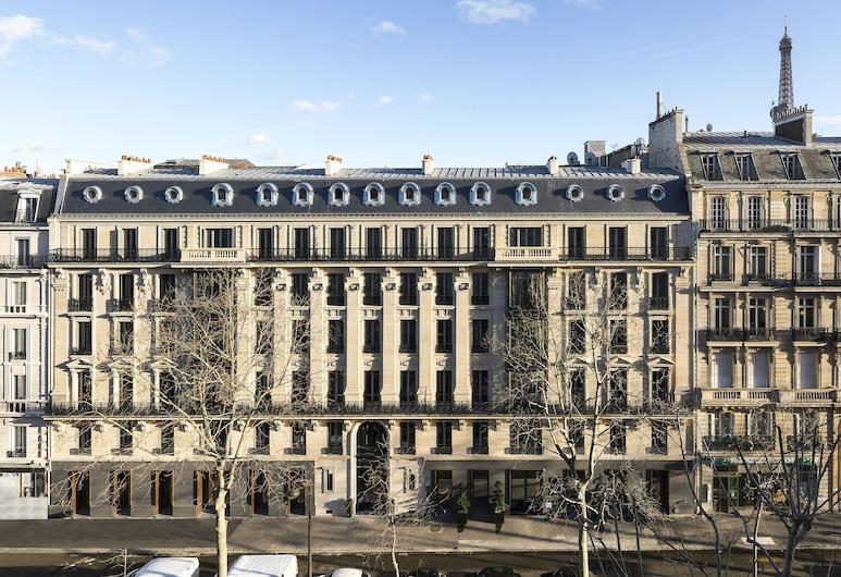 La Clef Tour Eiffel Paris by The Crest Collection, Paris