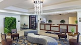 Reserve this hotel in Mahwah, New Jersey