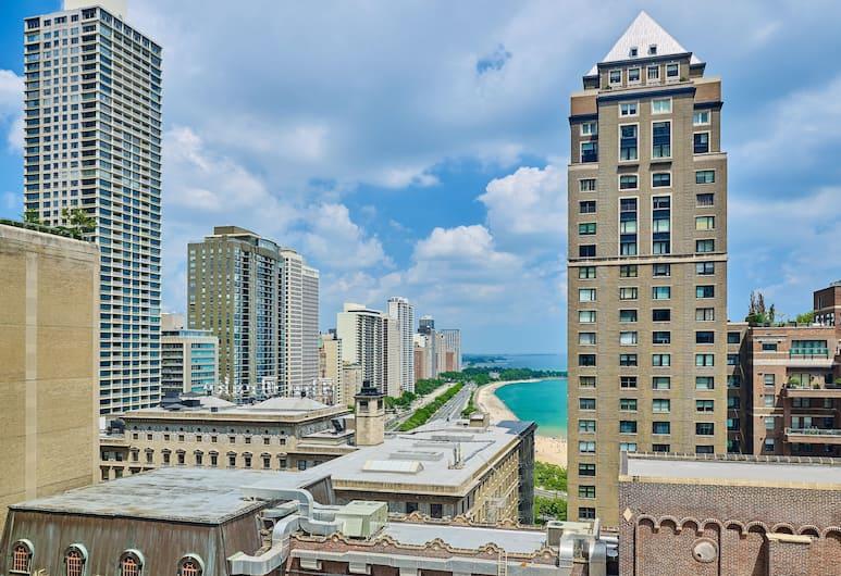 The Westin Michigan Avenue Chicago, Chicago, Pokój, Łóżko king, częściowy widok na jezioro, Widok z pokoju