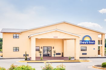 Picture of Days Inn Athens in Athens