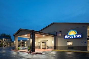 Picture of Days Inn by Wyndham Athens in Huntsville