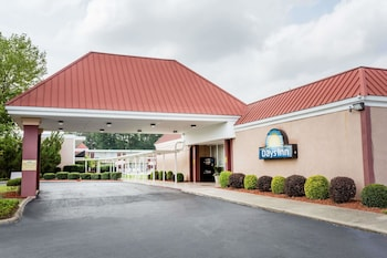 Picture of Days Inn by Wyndham Goldsboro in Goldsboro