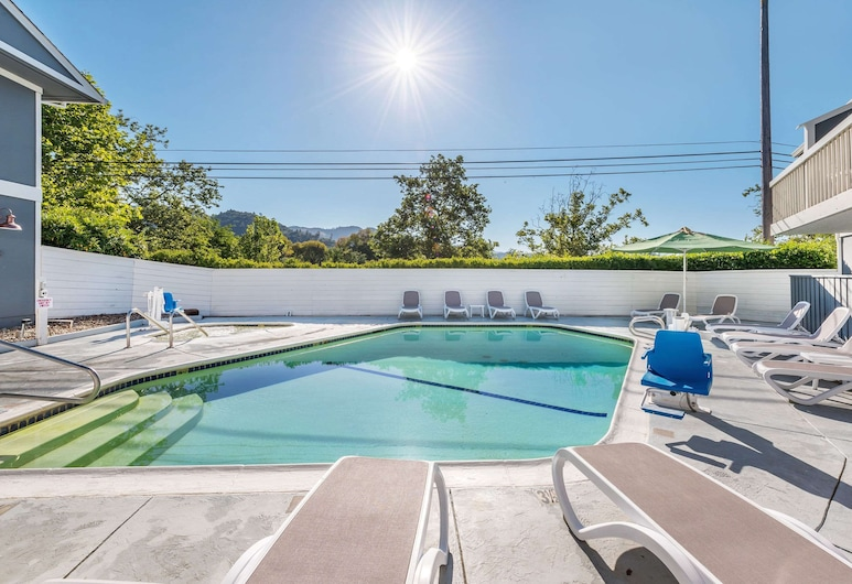 UpValley Inn & Hot Springs, Ascend Hotel Collection, Calistoga
