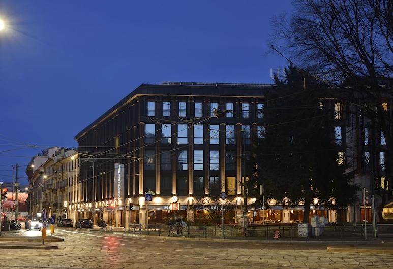 UNAHOTELS Cusani Milano, Milaan, Voorkant hotel