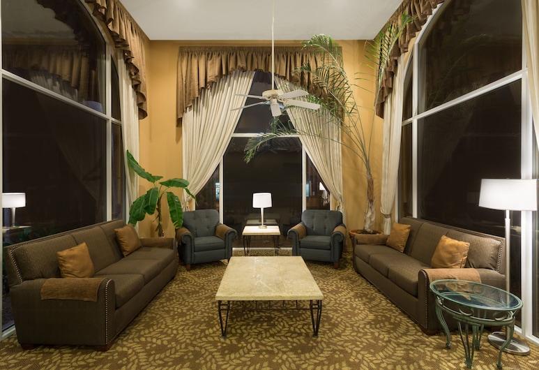 Days Inn by Wyndham Bullhead City, Bullhead City, Sala de estar en el lobby