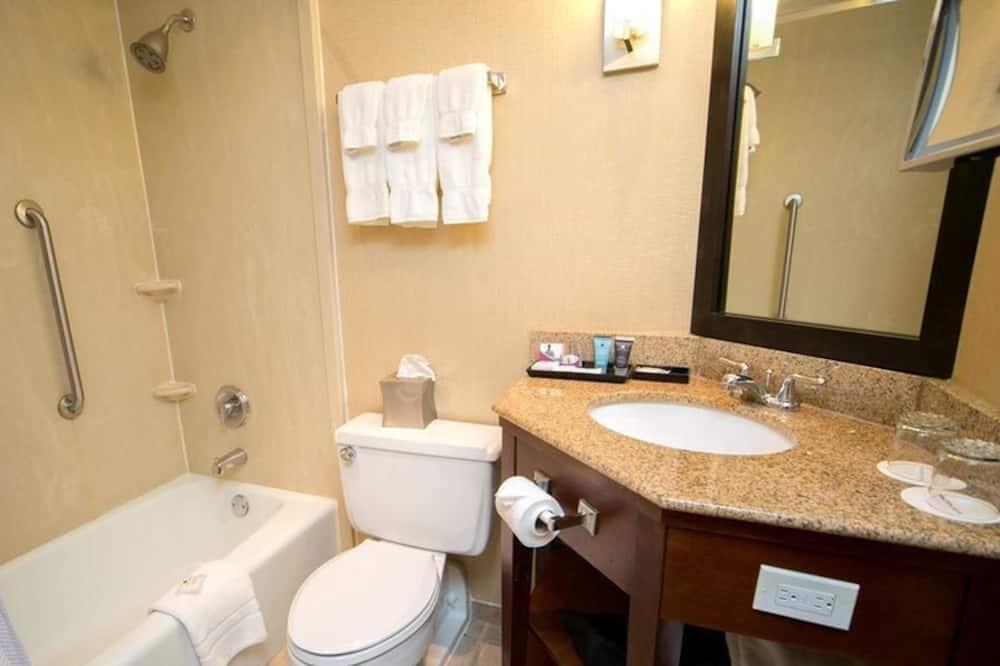 Pokoj typu Deluxe, 2 dvojlůžka - Koupelna