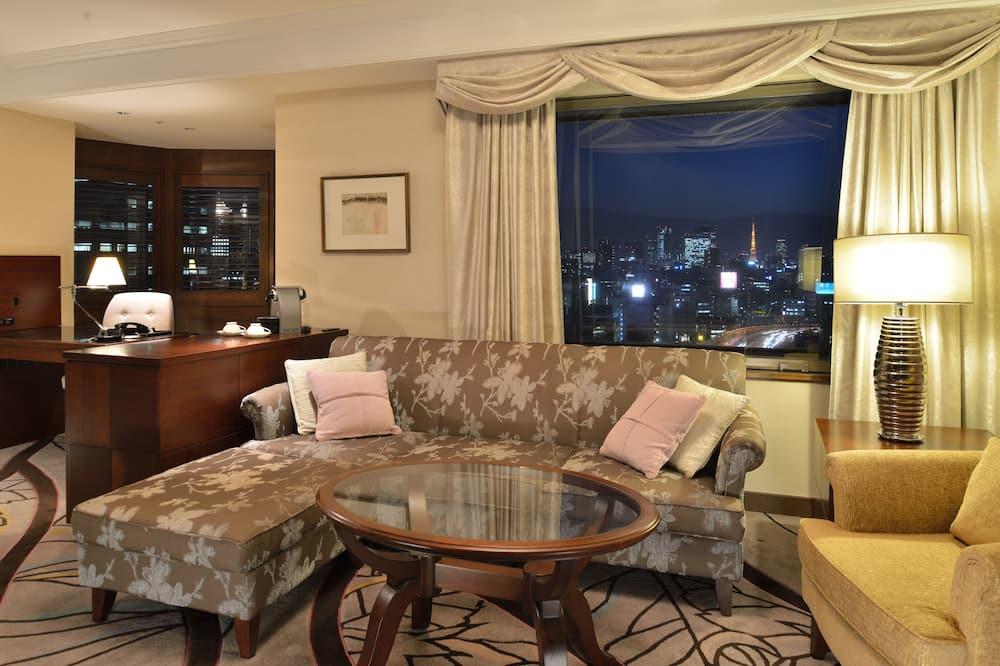 Executive Floor Tower Suite, No Smoking - Living Room