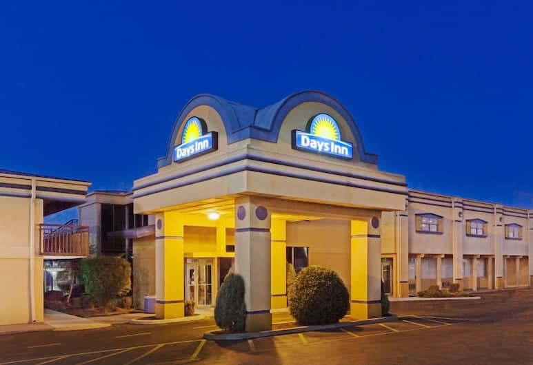 Days Inn by Wyndham Oklahoma City Fairground, Oklahoma City, Exterior