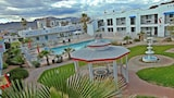 Choose This Business Hotel in Kingman -  - Online Room Reservations