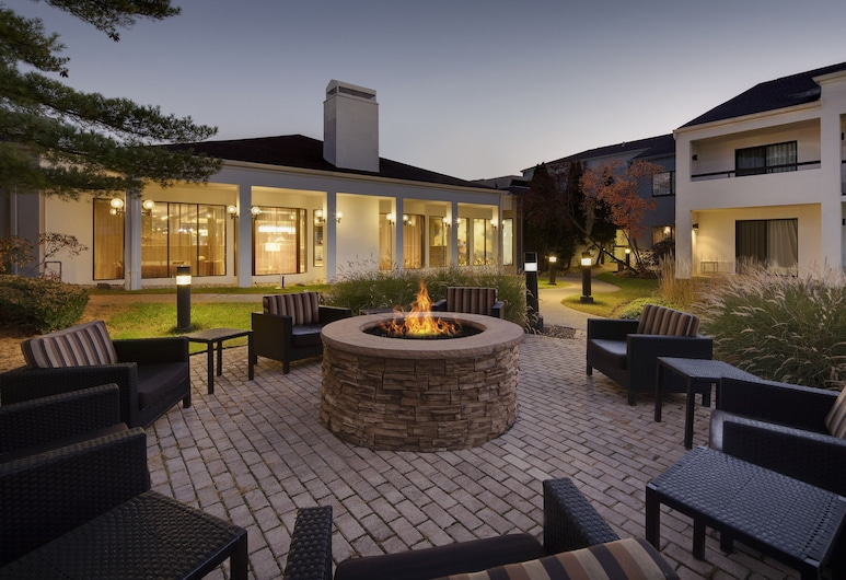 Courtyard by Marriott Southfield, Southfield, Terasz/udvar