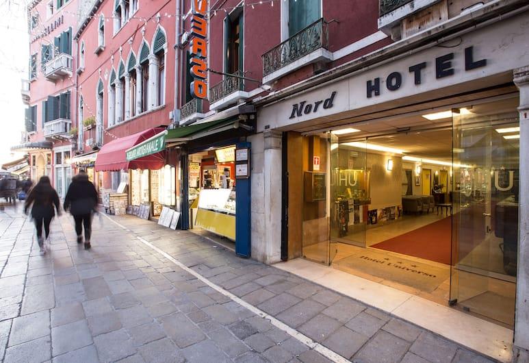 環球及諾德酒店, 威尼斯, 酒店正面