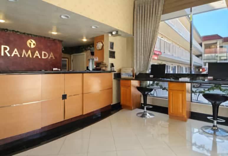 Ramada by Wyndham Pasadena, Pasadena, Lobby