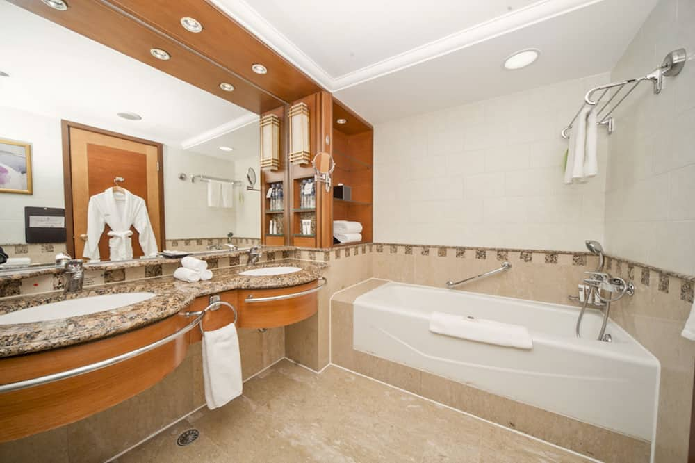 Swiss, Apartmá typu Executive - Koupelna