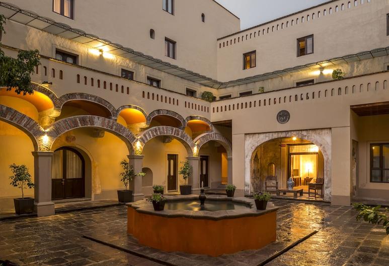 Quinta Real Puebla, Puebla, Courtyard