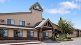 Choose This Business Hotel in Helena -  - Online Room Reservations