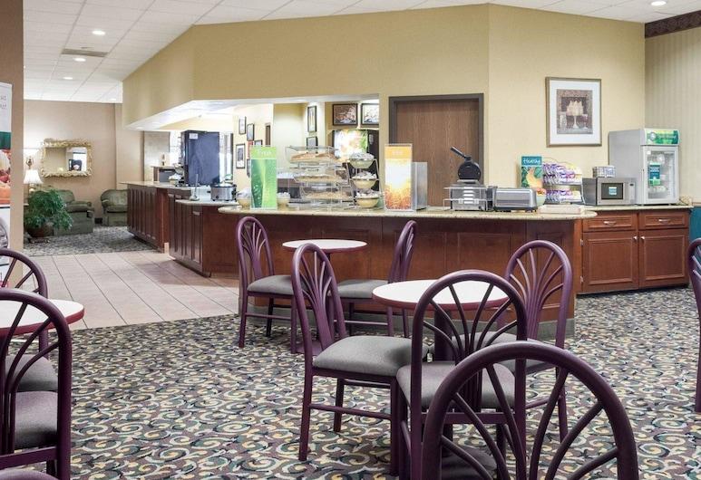 Quality Inn Columbus, קולומבוס, אזור ארוחת הבוקר