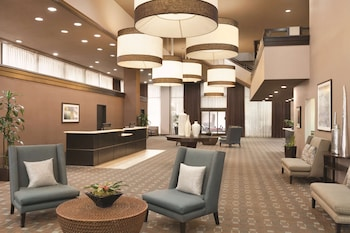 Picture of Radisson Hotel Fresno Conference Center in Fresno