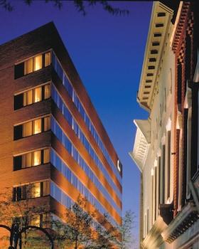 Picture of Omni Charlottesville Hotel in Charlottesville