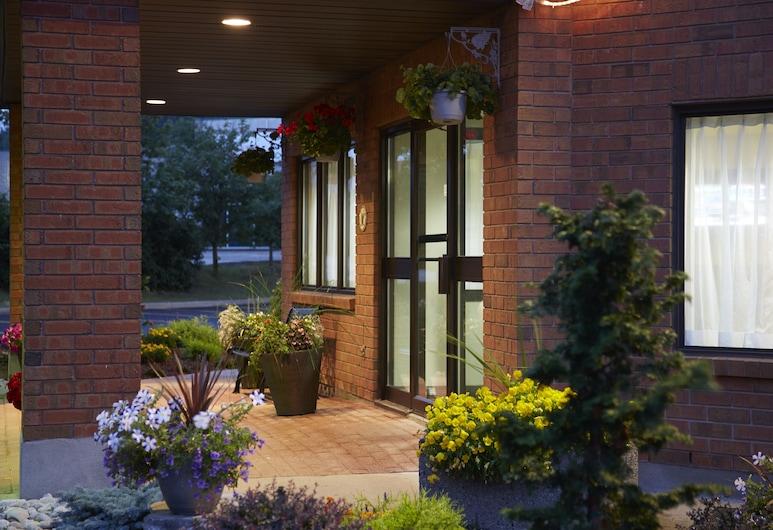 Comfort Inn Alma, Альма, Вхід до готелю