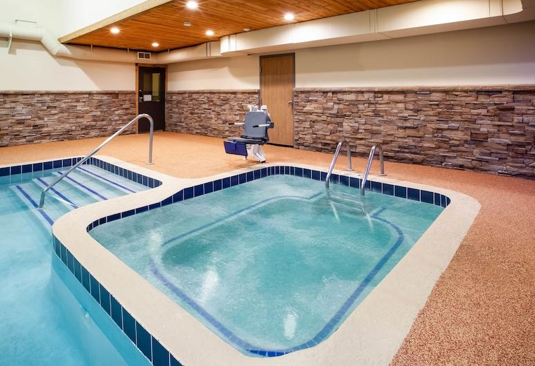 Days Inn by Wyndham Cadillac, Cadillac, Bồn tắm spa trong nhà