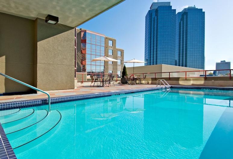 Holiday Inn Express Vancouver-Metrotown (Burnaby), an IHG Hotel, Burnaby, Pool