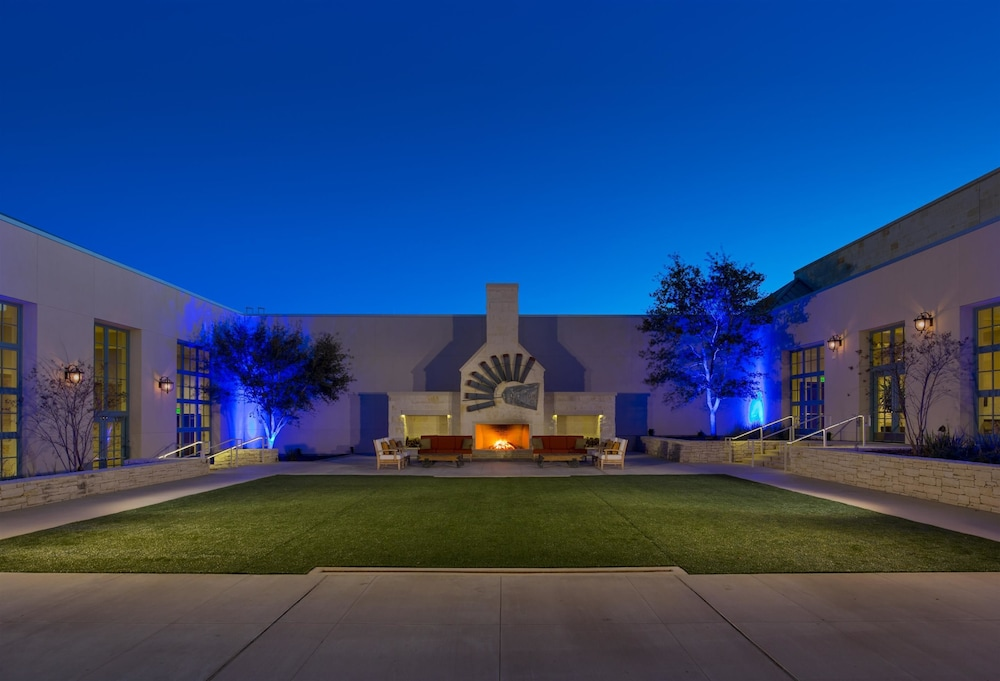 Book Hyatt Regency Hill Country Resort Amp Spa San Antonio