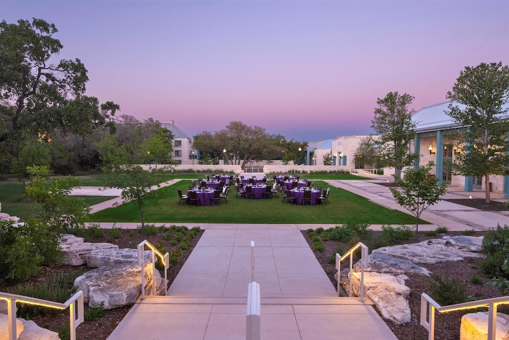 Book Hyatt Regency Hill Country Resort Amp Spa In San