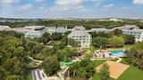 Choose This 4 Star Hotel In San Antonio