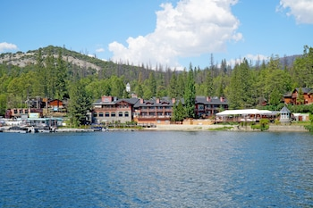 Picture of The Pines Resort in Bass Lake