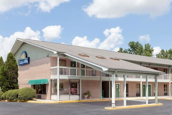 Foto van Days Inn by Wyndham Columbia NE Fort Jackson in Columbia