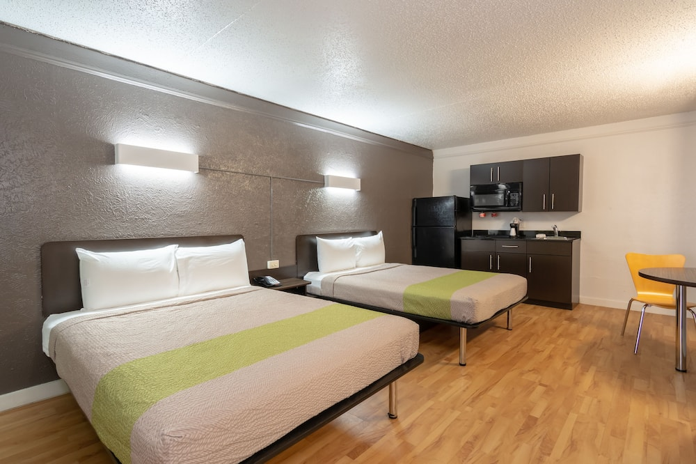 Deluxe Room, 2 Double Beds, Non Smoking, Kitchenette - In-Room Kitchenette