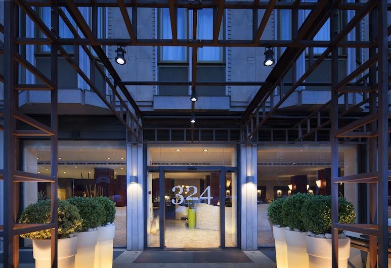 NH Collection Roma Centro, Rome, Hotel Entrance
