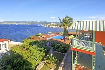 Picture of Summit Resort Hotel in Lowlands