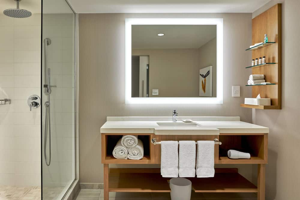 Deluxe-Zimmer, 1King-Bett, Nichtraucher, Ausblick - Badezimmer