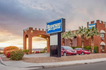 Obrázek hotelu Rodeway Inn and Suites ve městě Lake Havasu City