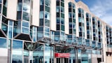 Choose This Business Hotel in Brighton -  - Online Room Reservations